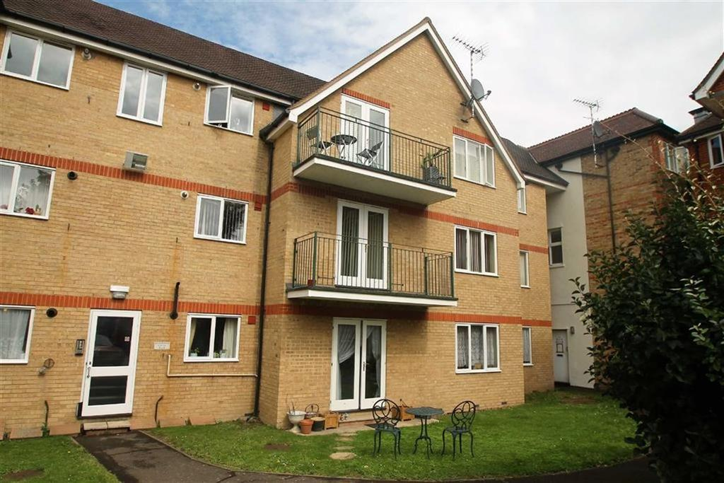 2 Bedrooms Apartment Flat for sale in 1 West Street, Southend On Sea, Essex