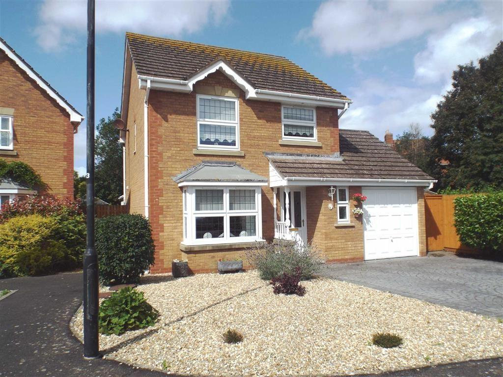 3 Bedrooms Detached House for sale in Abbots Close, Burnham On Sea