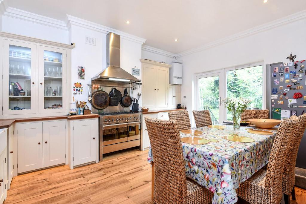 3 Bedrooms Maisonette Flat for sale in Hornsey Rise Gardens, Crouch Hill