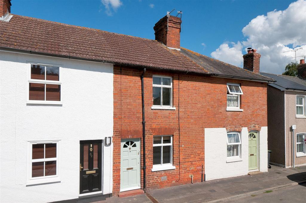 2 Bedrooms Terraced House for sale in Addlestead Road, East Peckham
