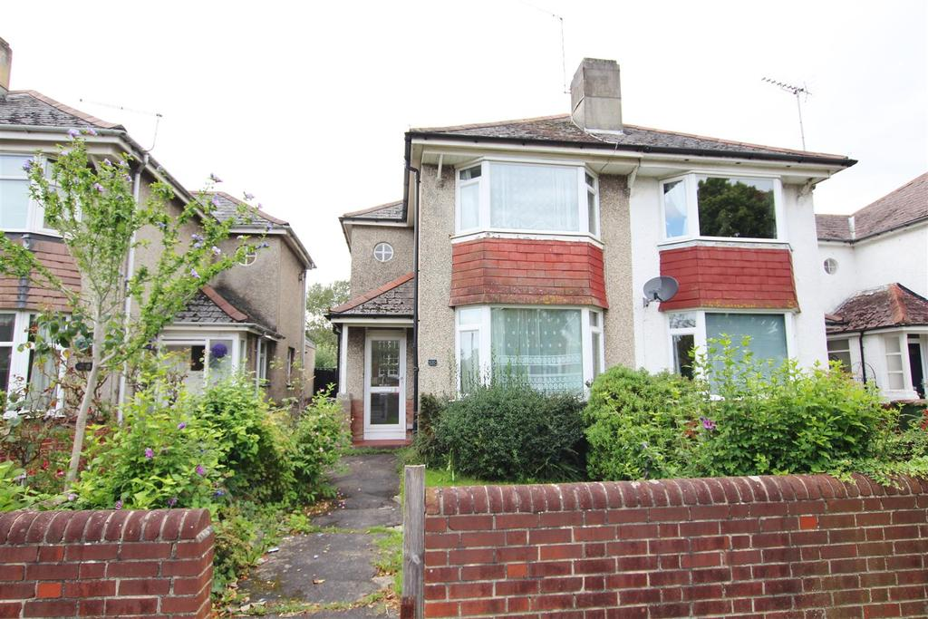 3 Bedrooms Semi Detached House for sale in Cranbury Road, Eastleigh