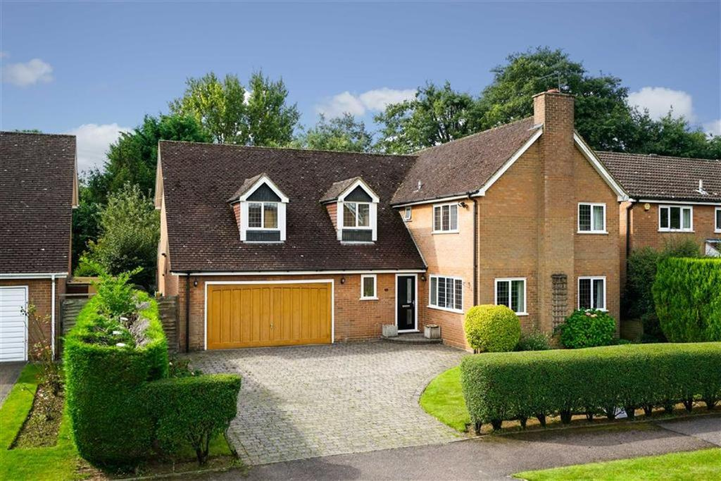 5 Bedrooms Detached House for sale in Beech Way, Wheathampstead, Hertfordshire, AL4