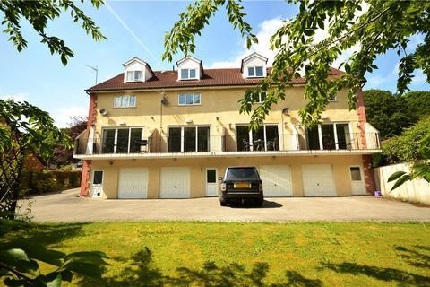 5 bedroom townhouse to rent - Riverside Mews, Horsforth, Leeds