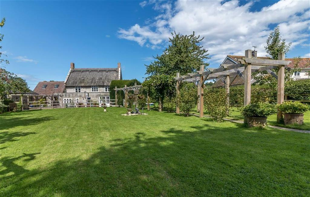 4 Bedrooms Detached House for sale in Langport Road, Long Sutton, Langport, Somerset, TA10