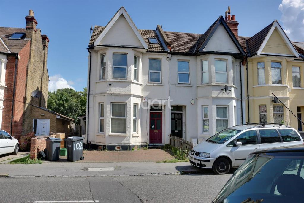 2 Bedrooms Flat for sale in Melfort Road. Thornton Heath, CR7
