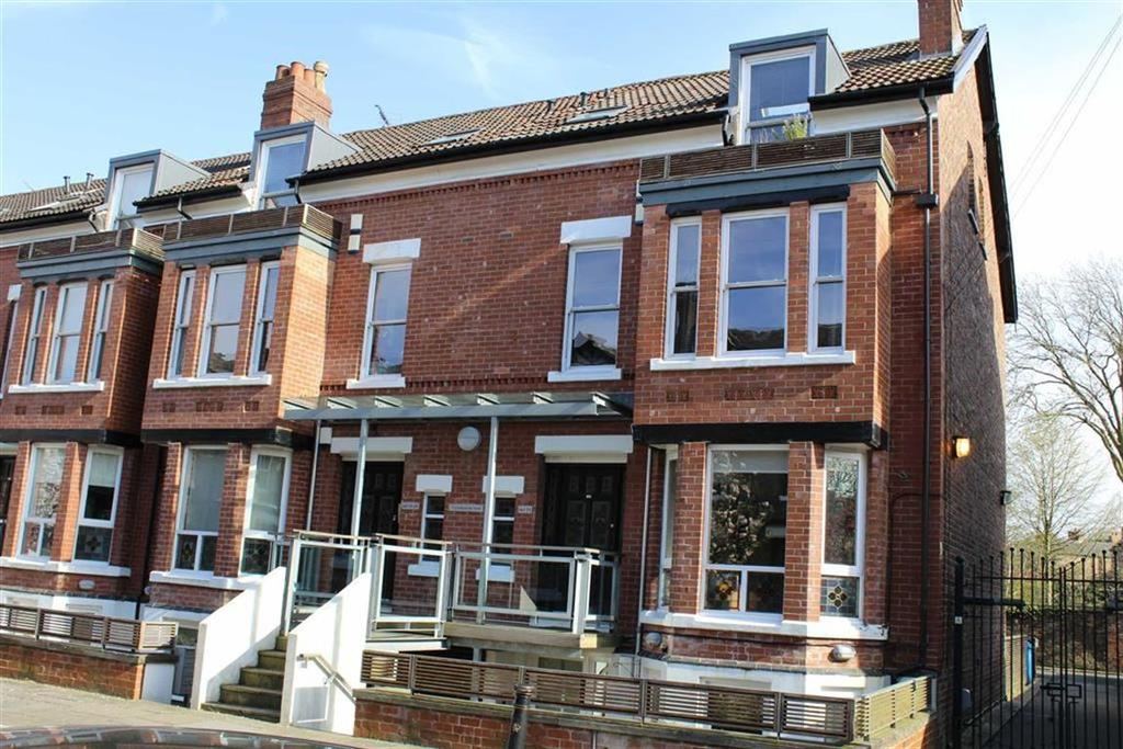 2 Bedrooms Apartment Flat for sale in Cranbourne Road, Chorlton, Manchester