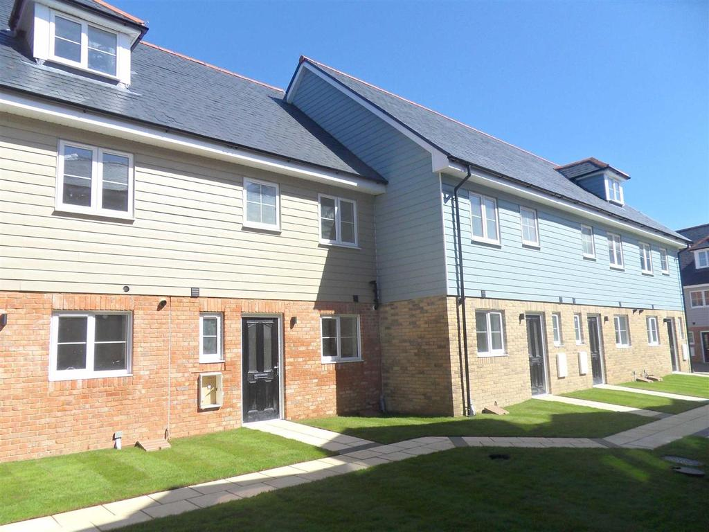 3 Bedrooms House for sale in Tayberry Close, Newport