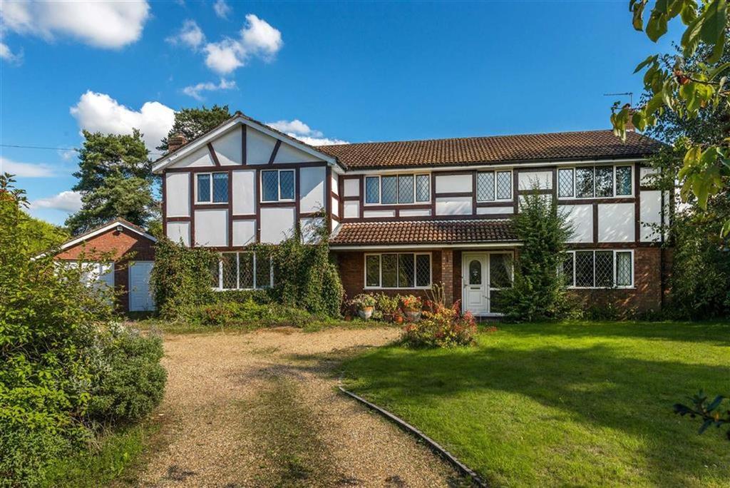 5 Bedrooms Detached House for sale in Batts Corner, Dockenfield, Surrey
