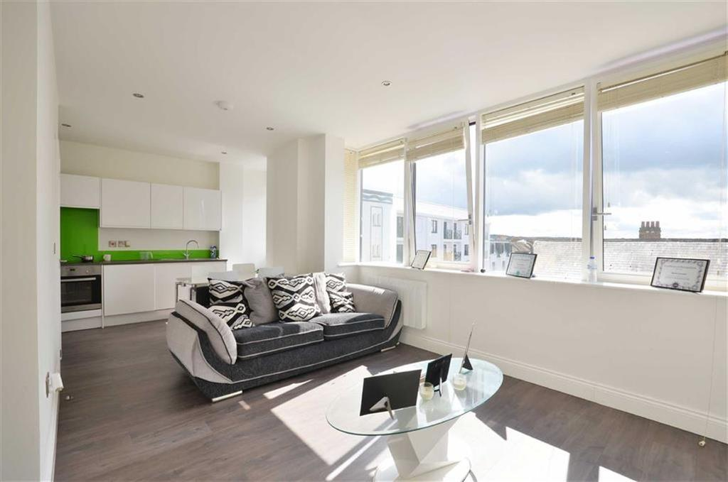 1 Bedroom Apartment Flat for sale in 24 King Street, Watford, Hertfordshire