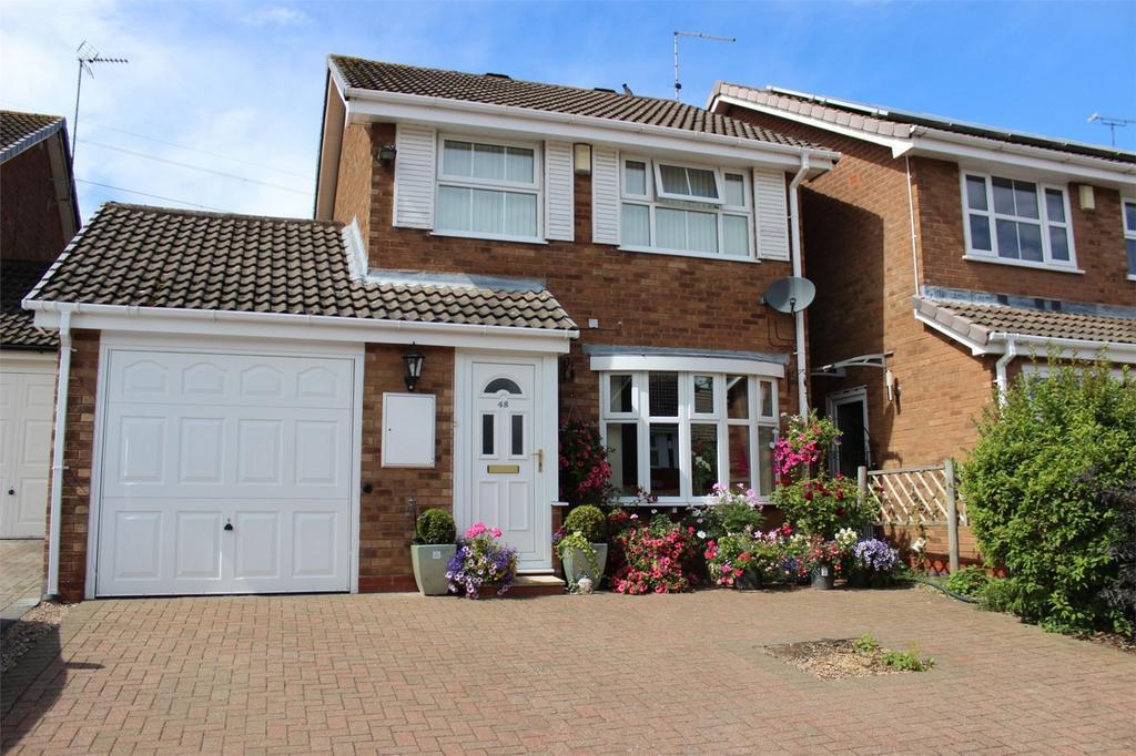3 Bedrooms Detached House for sale in 48 Marshwood Croft, HALESOWEN, West Midlands