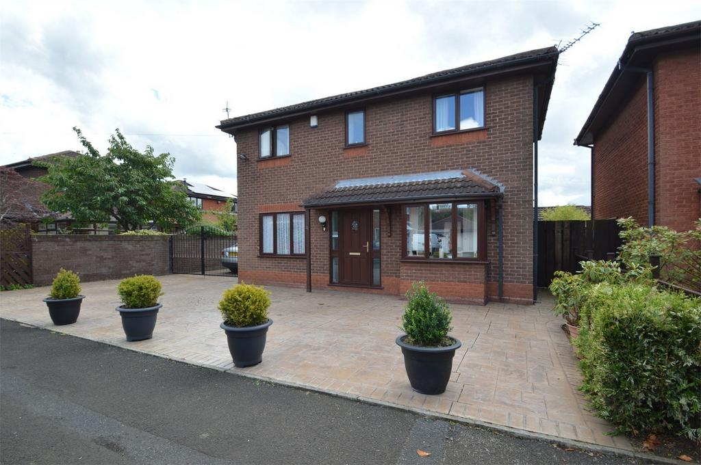 3 Bedrooms Detached House for sale in Christchurch Road, SALE, Cheshire
