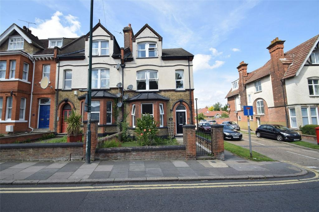 5 Bedrooms Semi Detached House for sale in Maidstone Road, Rochester, Kent