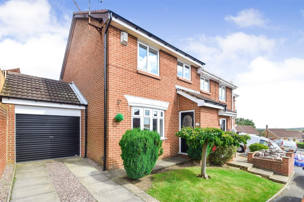 3 Bedrooms Semi Detached House for sale in Windslonnen, Murton, Co Durham, SR7