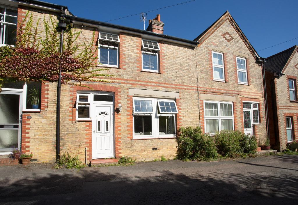 4 Bedrooms Terraced House for sale in Hillside, Harley Lane, Heathfield, East Sussex, TN21 8AQ