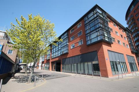 2 bedroom apartment to rent - Wells Crescent, Town Centre