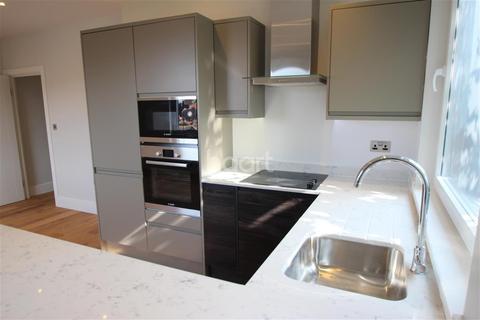 2 bedroom flat to rent - Kenham House