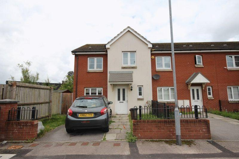 3 Bedrooms Terraced House for sale in Heol Layard, Tremorfa
