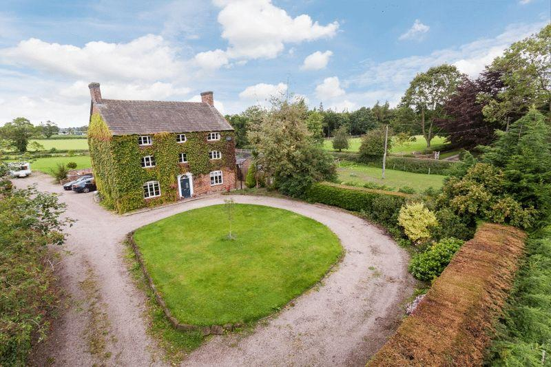 7 Bedrooms Detached House for sale in Green Farm Burland Green, Burland, Nantwich