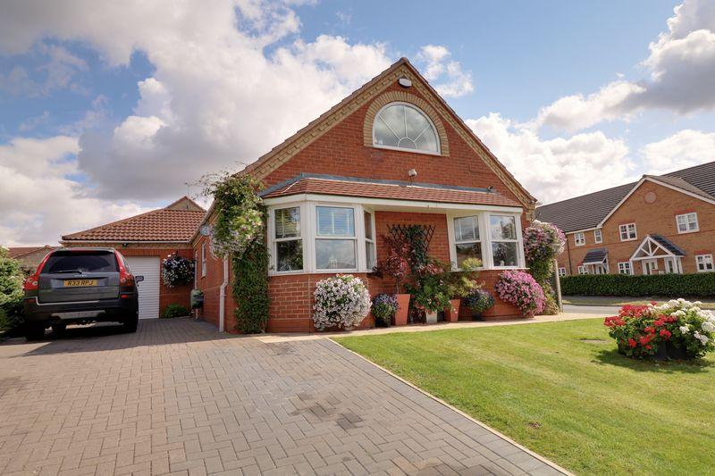 4 Bedrooms Bungalow for sale in Clematis Way, Scunthorpe