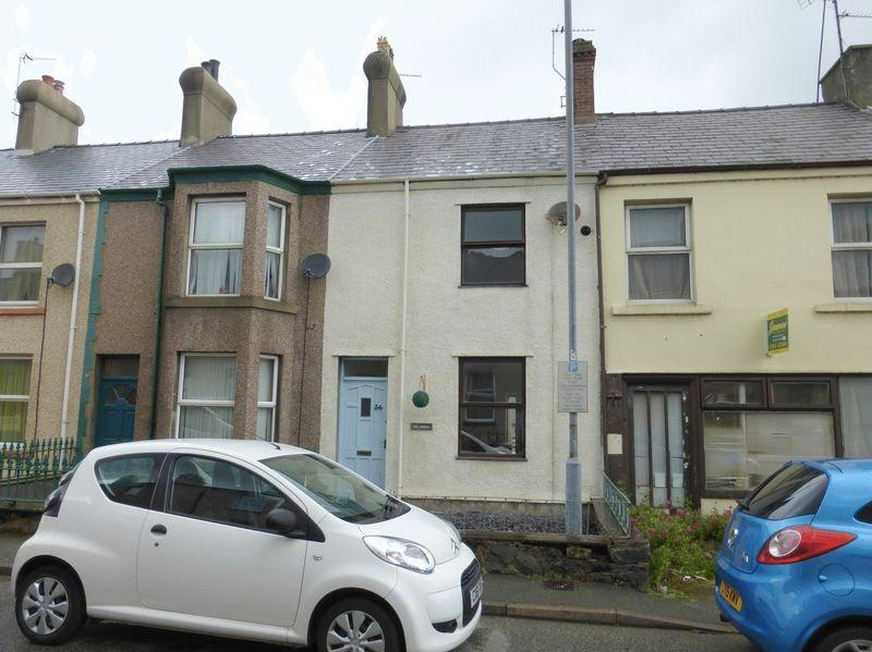 2 Bedrooms Terraced House for sale in Y Felinheli