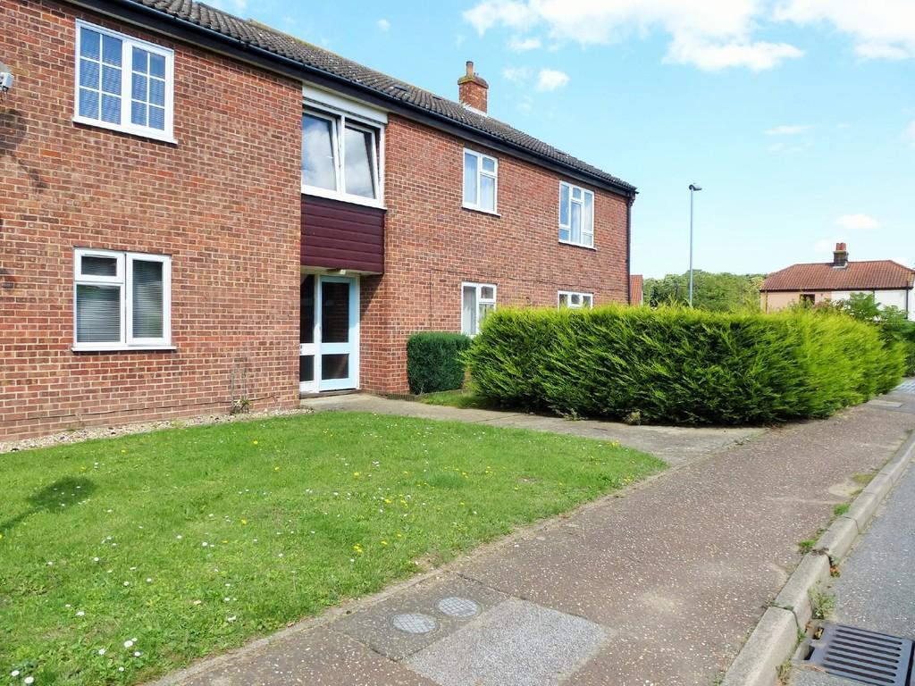2 Bedrooms Apartment Flat for sale in East Runton