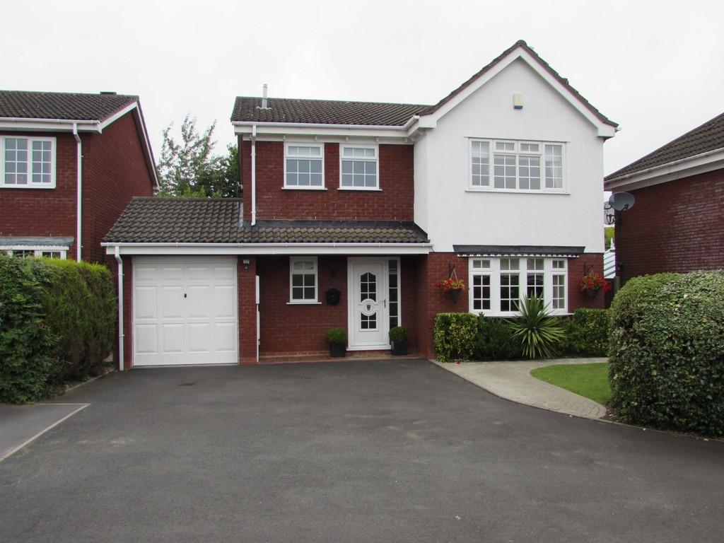 4 Bedrooms Detached House for sale in Fullbrook Close, Shirley