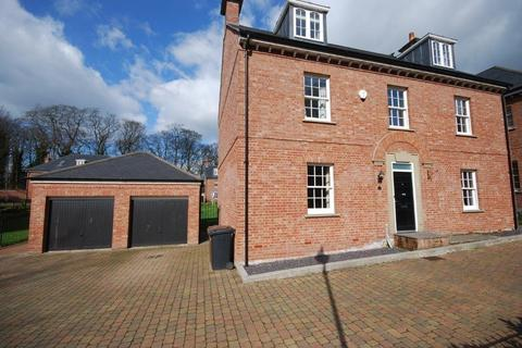 5 bedroom detached house to rent - The Gardens, Lawton Hall, Church Lawton, S-o-T