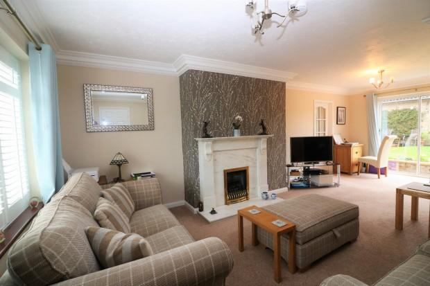 5 Bedrooms Detached House for sale in Aberdeen Close, Stamford, PE9