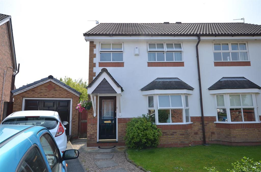 3 Bedrooms Semi Detached House for sale in Askett Close, Haydock, St. Helens