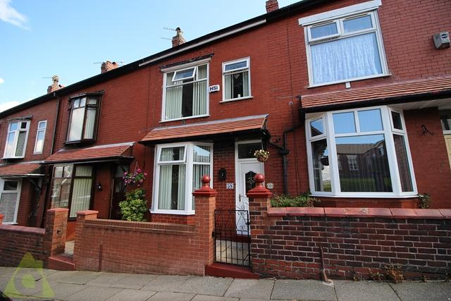 2 Bedrooms Terraced House for sale in Melbourne Road, Bolton, BL3