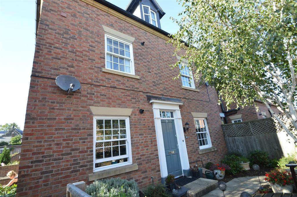 2 Bedrooms Apartment Flat for sale in 10 Llewellyn Place, Frankwell, Shrewsbury SY3 8QY