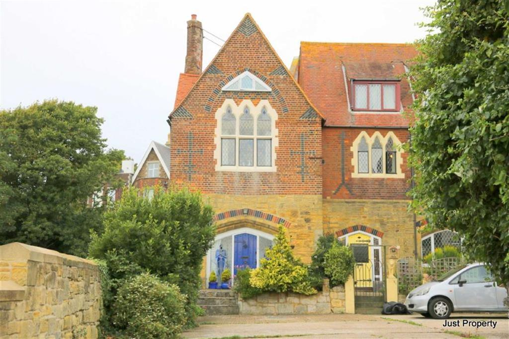 2 Bedrooms End Of Terrace House for sale in St Johns Road, St Leonards On Sea