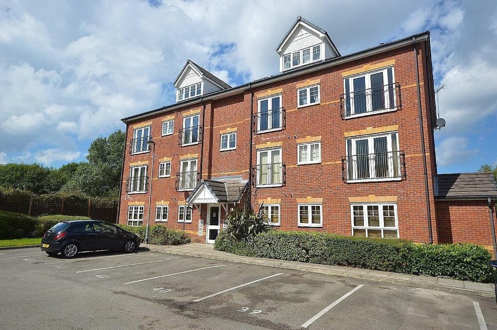2 Bedrooms Apartment Flat for sale in Chelburn Court, Adswood Road, Stockport