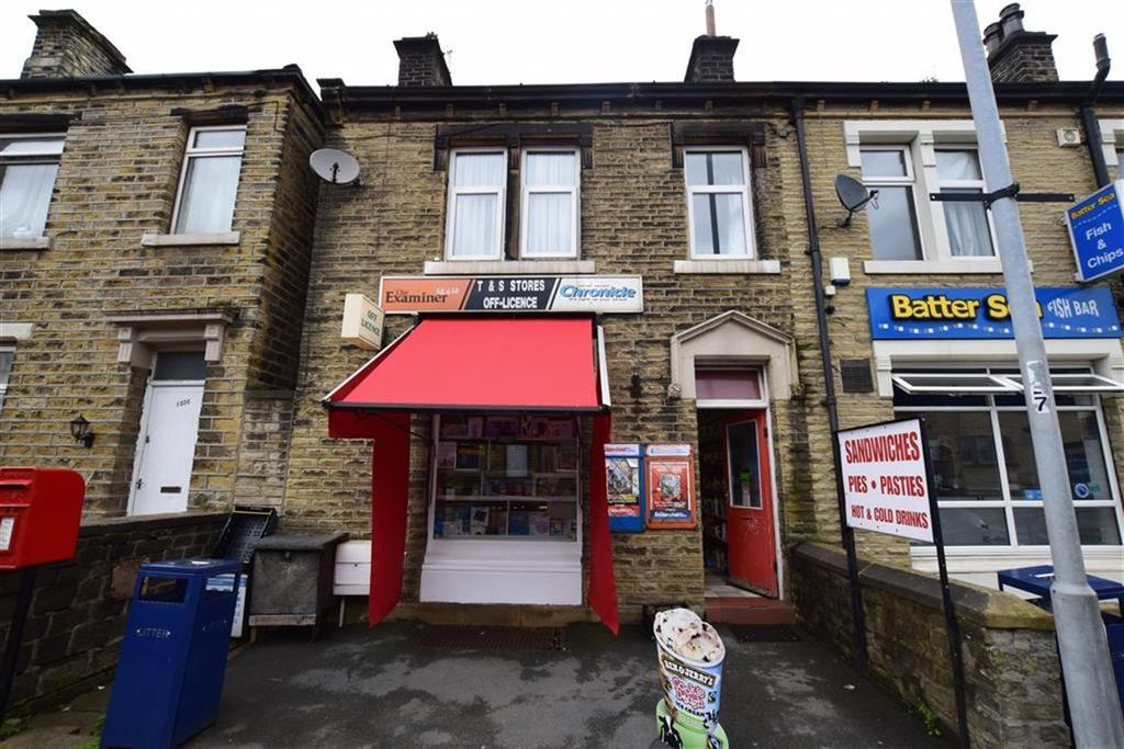 3 Bedrooms Terraced House for sale in Manchester Road, Linthwaite, Huddersfield, HD7