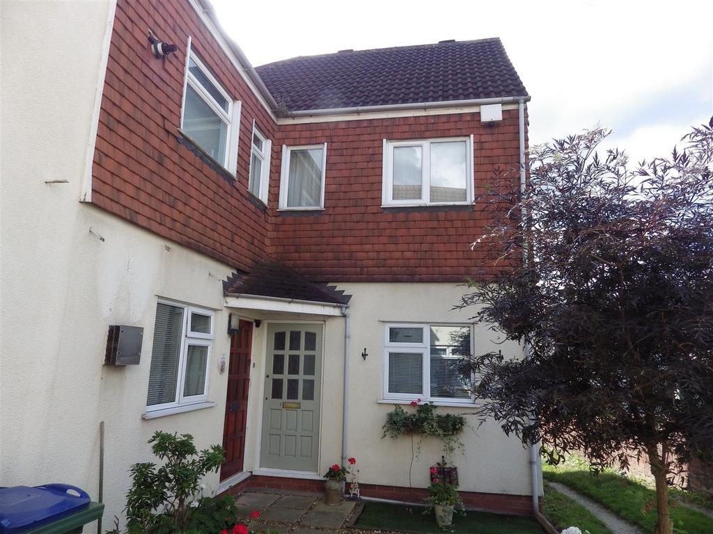 1 Bedroom Flat for sale in Wrights Lane, Cradley Heath