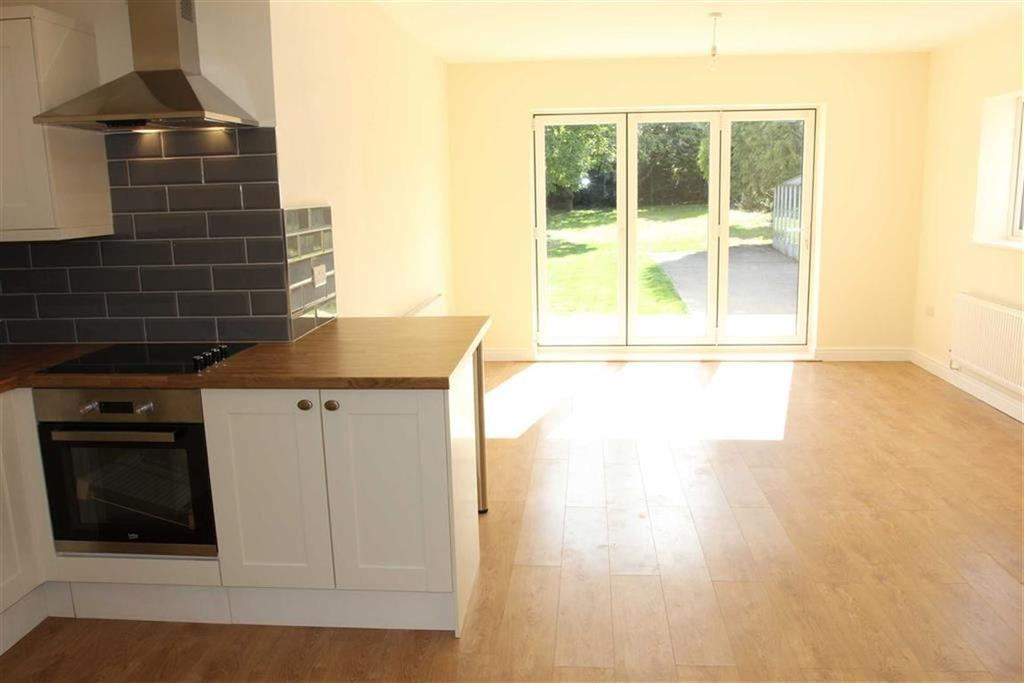 3 Bedrooms Bungalow for sale in Cyril Street, Braunstone Town, Leicestershire
