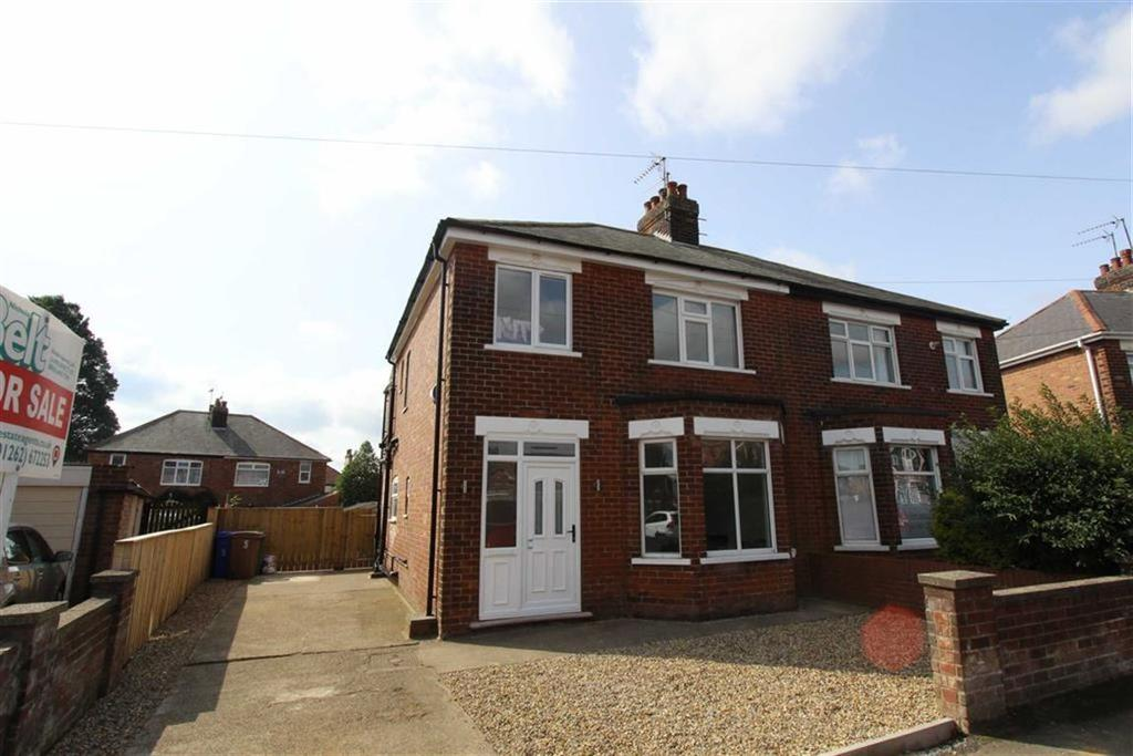 3 Bedrooms Semi Detached House for sale in St Cuthbert Road, Bridlington, YO16