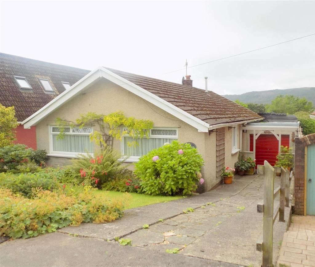 3 Bedrooms House for sale in Elias Drive, Neath