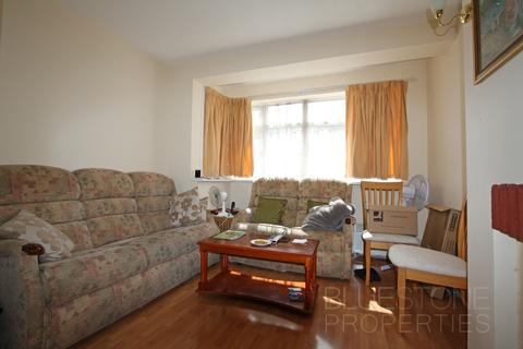 3 bedroom terraced house to rent - Westmead Avenue, Croydon CR0