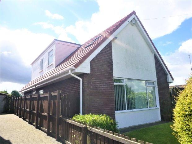 3 Bedrooms Detached Bungalow for sale in TUNSTALL VILLAGE GREEN, TUNSTALL VILLAGE, SUNDERLAND SOUTH
