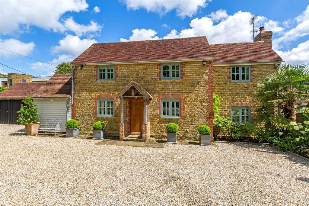 4 Bedrooms Detached House for sale in Colwood Lane, Warninglid, Haywards Heath, West Sussex, RH17