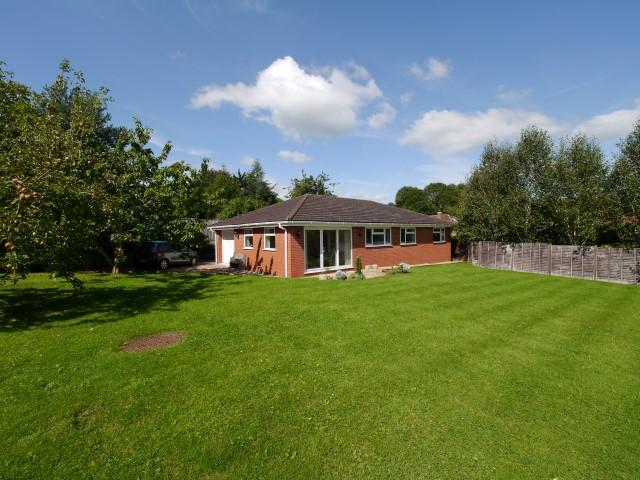 3 Bedrooms Detached Bungalow for sale in Langford Budville, Wellington TA21