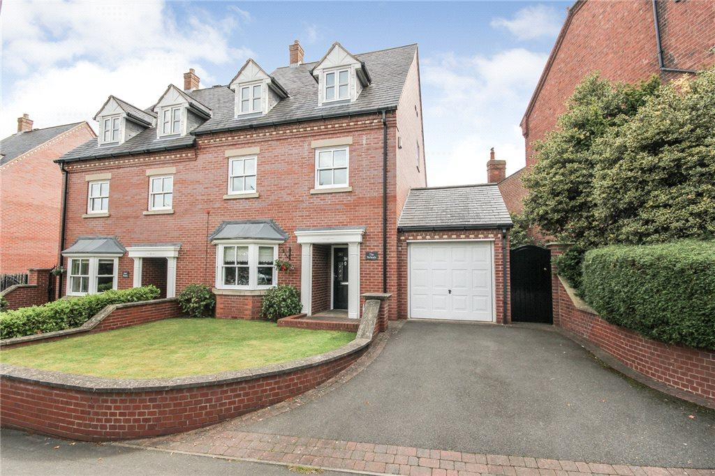 4 Bedrooms Semi Detached House for sale in Love Lane, Oldswinford, West Midlands, DY8