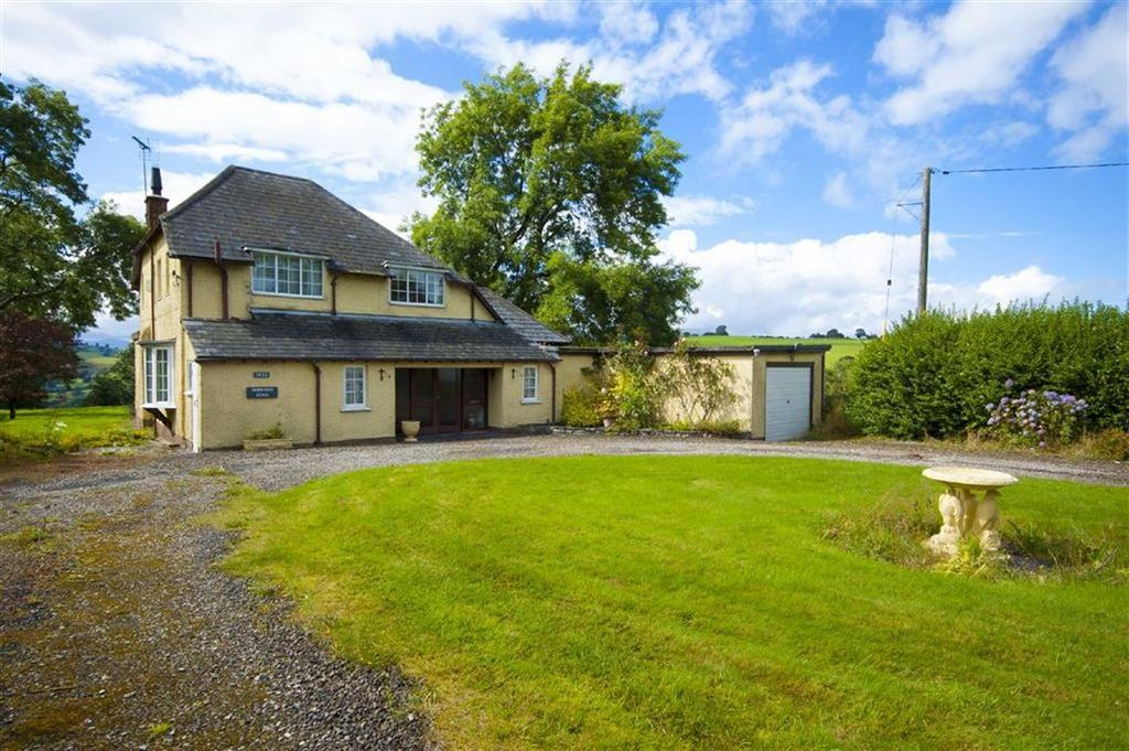 3 Bedrooms Detached House for sale in Derwent Ucha, Back Racecourse Lane, Old Racecourse, Oswestry, Shropshire, SY10
