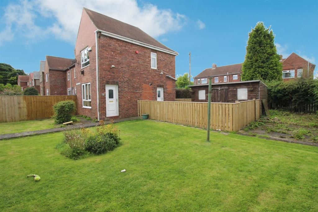 2 Bedrooms Terraced House for sale in Cypress Road, Gateshead