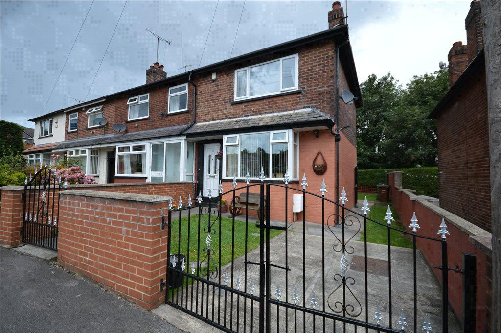 2 Bedrooms Terraced House for sale in Westbury Place North, Leeds