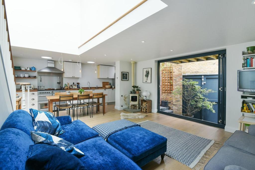 3 Bedrooms Detached House for sale in Pearcefield Avenue, Forest Hill