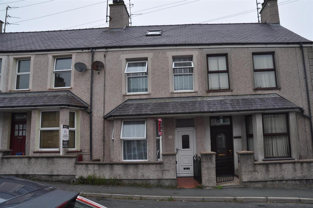 3 Bedrooms House for sale in Tara Street, Holyhead