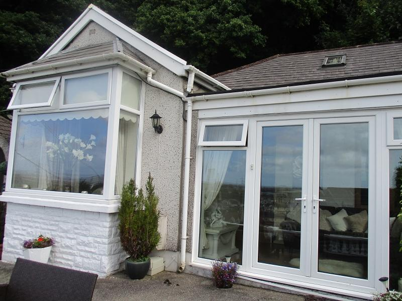 2 Bedrooms Semi Detached Bungalow for sale in Thorney Road, Baglan, Port Talbot, Neath Port Talbot.