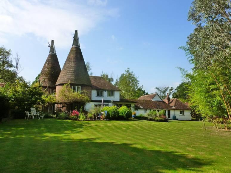 6 Bedrooms House for sale in Bethersden Road, Smarden, Ashford, Kent, TN27 8QF